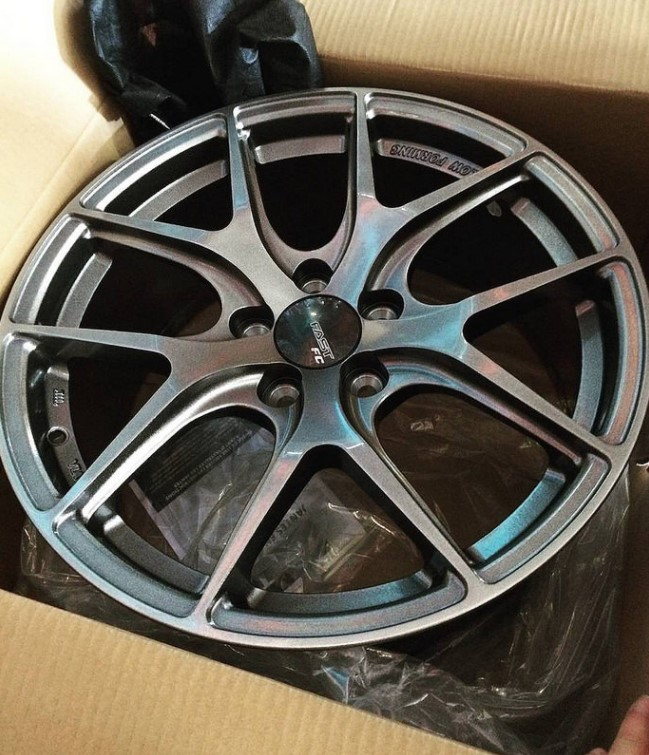 Alloy wheels in box unpackaged